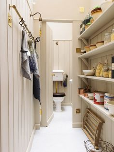 Home Interior Design .Home Interior Design Home Staging, Kitchen Interior, New Kitchen, Kitchen Tips, Boot Room Utility, Devol Kitchens, Farmhouse Kitchen Island, Interior Desing, Interior Colors