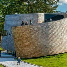 Puur Pavilion, em Amsterdam, Holanda. Projeto do.escritório emma Architecten. #architecture #arts #arquitetura #arte #decor #decoração #design #interiores #interior #projetocompartilhar #shareproject #madeiraeconforto #madeira #confort #conforto #wood