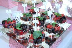 berry mint salad