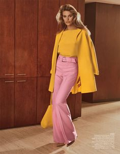 Model Madison Headrick is styled by Anne Christensen in Redux', lensed by David Roemer for Bergdorf Goodman November Seventies Fashion, 70s Fashion, Fashion History, Vintage Fashion, Womens Fashion, Fashion Trends, Hippie Fashion, Fashion Ideas, 70s Outfits