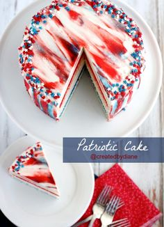 Patriotic Cake from @createdbydiane