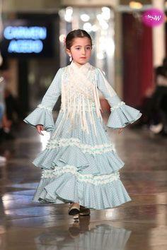 Abaya Fashion, Fashion Dresses, Flamenco Wedding, High Fashion, Fashion Show, Kids Wear, Baby Dress, My Girl, Baby Kids