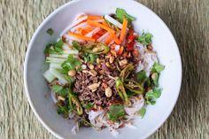 Make Vietnamese Noodle Salad with Lemongrass Beef (Bun Bo Xao) at Home