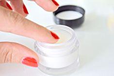 eye cream vitamin e Eye Cream, Vitamin E, Eyes, Magnolia, Beauty, Diet, Eye Creams, Magnolias, Beauty Illustration