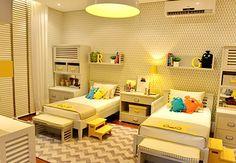 украшения детской комнаты с мини-кроватью
