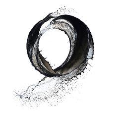 A arte do japonês Shinichi Maruyama é efêmera, porém impactante. Seus registros de jatos d'água criam impressões belíssimas, que lembram esculturas. +Informações: Site: Shinichi Maruyama…