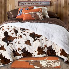 Ultra-Plush+Fleece+Cowprint+Blanket