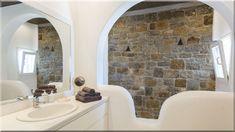 rusztikus fürdőszoba vidéki házban (Luxuslakás 7) Alcove, Sweet Home, Bathtub, Bathroom, Diy, Home Decor, Standing Bath, Washroom, Bathtubs
