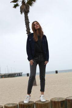 Gala Gonzales: jacket + oversized shirt + jeans