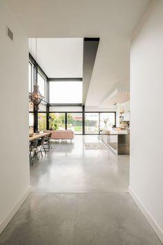 Home Interior Design, Interior Architecture, Interior And Exterior, Interior Decorating, Living Room Flooring, Industrial House, House Goals, Concrete Floors, Modern House Design