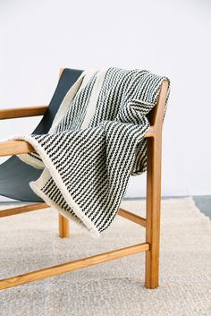 New porteño throw by Pampa #wearepampa. Chair from @worn