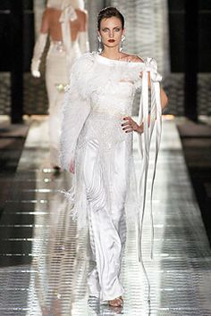 Valentino | Fall 2004 Couture Collection | Style.com