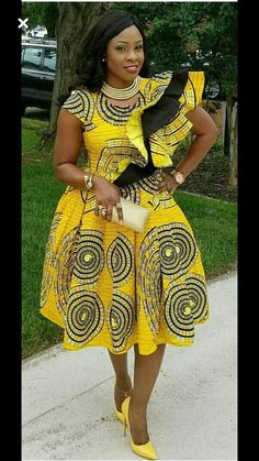 This African women clothing for weddings is a dress to go for when you want to be conspicuous or make heads turn. It's simply glamorous. Custom order takes between 6-10 days depending on your location. Please note that the fabric on the model is out, kindly choose from our fabric options and