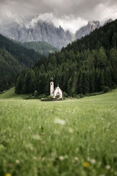 Une semaine dans les Dolomites | Trip in Wild - Blog de voyage Voyage Hawaii, Road Trip, Voyage Europe, Photos Voyages, Packing Tips For Travel, Travel Ideas, Next Holiday, Blog Voyage, Hawaii Travel