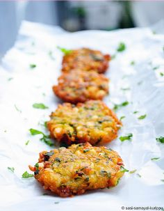 Potato & Corn Fritters by sasiskitchen: A quick and simple snack. #Appetizer #Snack #Fritters #Corn #Potato