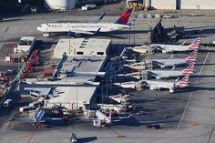 https://flic.kr/p/DSm8sk | American Airlines Regional terminal