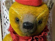 """Wonderful 17"""" Heidi Steiner Bear"""
