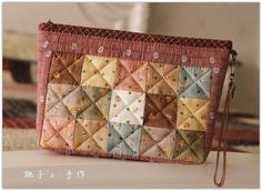 Japanese Patchwork, Japanese Quilts, Quilted Tote Bags, Patchwork Bags, Fabric Wallet, Fabric Bags, Craft Bags, Small Quilts, Pouch Bag