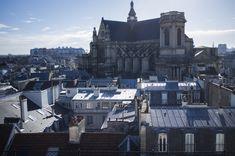 Chantier de la Poste du Louvre à Paris (2016) Photographe: François Preschez Louvre, New York Skyline, Paris, Building, Travel, Photography, Montmartre Paris, Viajes, Buildings