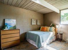 Eichler home bedroom