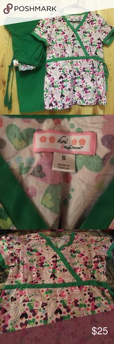 Just In Koi Scrub Set Small Petite Inseam 28 EUC Just In Koi Scrub Set Small Petite Inseam 28 EUC Top has 2 Front Pockets and ties on the side Pant is Lindsey Cargo Pant Both is Excellent Used Condition Koi Other