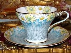 AYNSLEY DAISY PETALS FLORAL CHINTZ BLUE TEA CUP AND SAUCER CORSET TEACUP by KaleighS