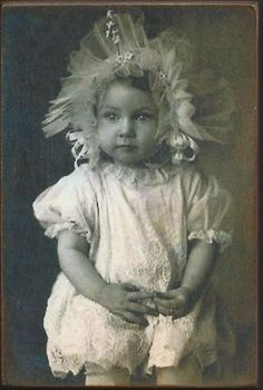 Wood Magnet~Baby Girl~Victorian Fashion~Vintage Style~42 #VintageStyle #Seller