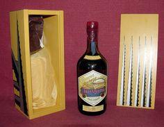 Resultados de la Búsqueda de imágenes de Google de http://a-alcohol.ru/wp-content/uploads/2011/03/Jose-Cuervo-Reserva-De-La-Familia-Tequila.jpg