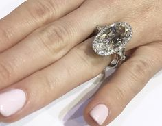 moval engagement ring Ommmggg