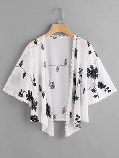 Search for Kimono at ROMWE. Hijab Fashion, Teen Fashion, Fashion Outfits, Simple Outfits, Chic Outfits, Mode Kimono, Latest African Fashion Dresses, Dress With Cardigan, Kaftan