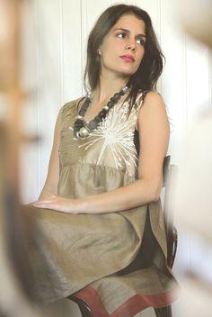 US006  Tamanho | Size: M/L  Descrição | Description: Vestido aberto para legins | Open dress for legins  Composição | Composition: Linho/Seda | Linen / Silk  Preço | Price: 80€
