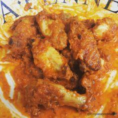 Receta de Buffalo Wings: las alitas de pollo picantes de USA Salsa Buffalo, Buffalo Wings, Pollo Kfc, Chicken Wings, Curry, Meat, Ethnic Recipes, Food, Gourmet
