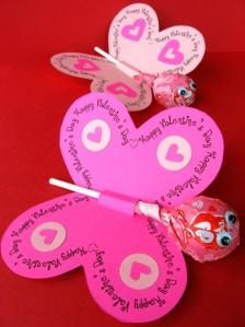 DIY Valentine's Day Cards.  Simple butterfly cards for the younger crowd.  All you need is paper, google eyes, and a sucker.