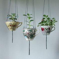 Hey, I found this really awesome Etsy listing at https://www.etsy.com/au/listing/583734869/hanging-tea-cup-planter-vintage-tea-cup