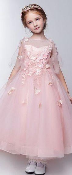 princesse robe cortège fille rose à appliques Girls Dresses, Flower Girl Dresses, Appliques, Party Wear, Costumes, Rose, Wedding Dresses, How To Wear, Fashion