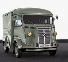 Citroen Van, Citroen Type H, Classic Mini, Classic Cars, Citroen Traction, Transporter, Automotive Design, Amazing Cars, Car Car