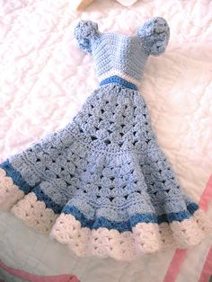 https://flic.kr/p/4P98rv | Crocheted Barbie Dress