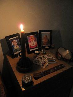 Altars:  #Pagan #Altar.