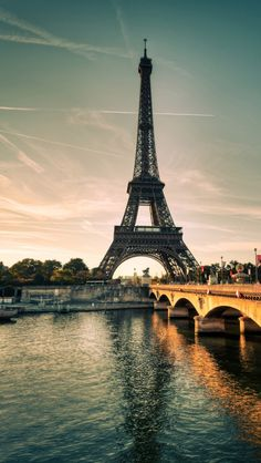 Beautiful-Eifel-Tower