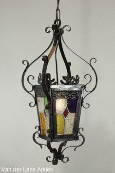 Antieke lantaarn 26046 bij Van der Lans Antiek. Meer antieke lampen op www.lansantiek.com