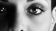 1875 Staring Into Someone's Eyes For 10 Minutes Can Alter Your Consciousness