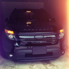All black ford 2014 explorer sport