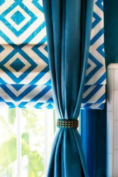 Braced With Bracelets - 10 Creative Ways to Use Household Items As Curtain Hardware on HGTV Like the roman shades with solid drape Drapery Panels, Drapes Curtains, Fancy Curtains, White Curtains, Living Room Decor Curtains, Decor Room, Bedroom Decor, Curtain Hardware, Kitchen Window Treatments