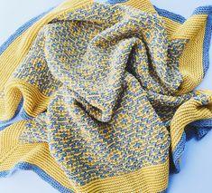 Solsken is a square blanket knit using mosaic colourwork and garter stitch. Mosaic Patterns, Knitting Patterns, Crochet Patterns, Warm Blankets, Knitted Blankets, Dk Weight Yarn, Square Blanket, Garter Stitch, Yarn Needle