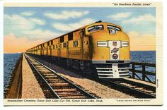 Streamliner Crossing Great Salt Lake Cut Off, Utah - Postcard_img568
