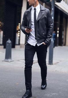 Show your style // urban men // city style // urban life // urban dressing // mens accessories // mens fashion //