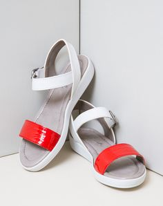 18bcb1de95e SUMMER 2015   SANDAL WITH BUCKLE ANKLE STRAP Comfortable Shoes