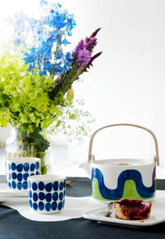 the design collaboration is meant to enhance the airline's travel experience through a collection of textiles and tableware, as well as aircraft livery, featuring classic marimekko patterns. Marimekko, Nordic Design, My Design, Diy Tableware, Colour Pallette, Design Research, Illustrations, Home Decor Items, Decoration