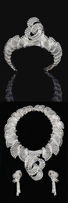 Convertible Art Deco Diamond tiara-to-necklace/earrings by Boucheron (=)