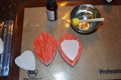 Lea's Cooking: Wired Wafer Paper Flower Tutorial